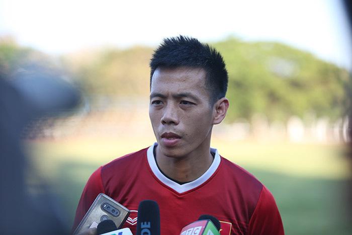 Đội tuyển Việt Nam,Đội tuyển Lào,Văn Quyết