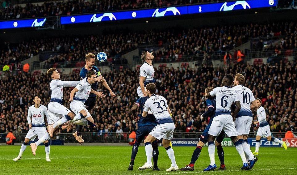 Tottenham,PSV,Harry Kane