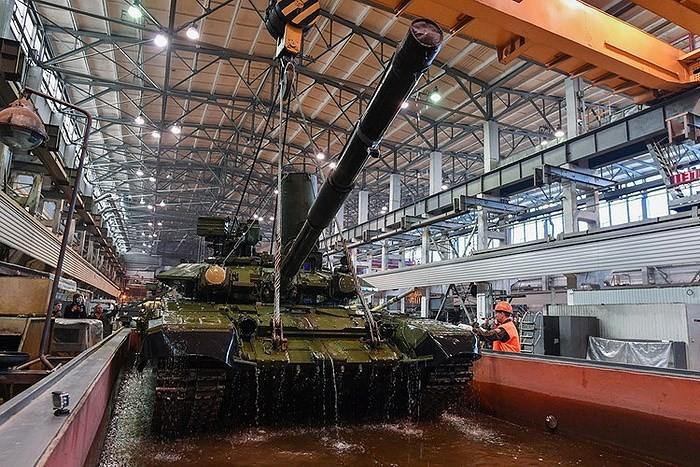 Nga thông báo bắt đầu bàn giao xe tăng T-90 cho Việt Nam
