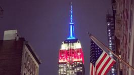 Tòa nhà biểu tượng New York đổi màu mừng bầu cử