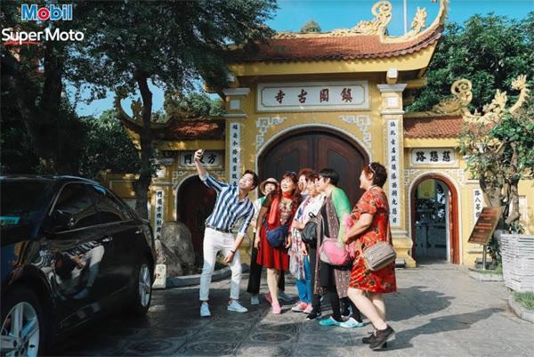 Sao Việt lan tỏa thông điệp sống năng động, sống trải nghiệm