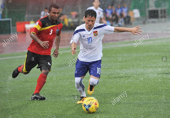 'Messi Lào' muốn hạ tuyển Việt Nam và chơi bóng tại V-League