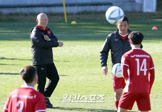 Tuyển Việt Nam,HLV Park Hang Seo,Lào,Lào vs Việt Nam,U23 Việt Nam