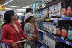 5.000 đồng mua được 6 gói sữa tiệt trùng ở Co.opmart