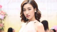 """Kết thúc nhiệm kỳ, Hoa hậu Đỗ Mỹ Linh chuyển từ """"nhạt"""" sang """"nhây"""" khi thường xuyên nói chuyện kiểu này với fan"""
