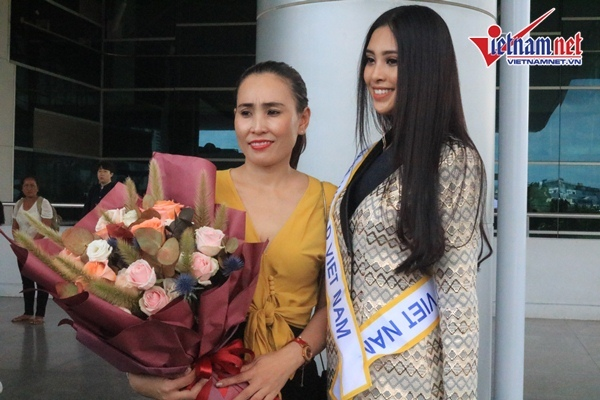 Hoa hậu Trần Tiểu Vy tự tin lên đường chinh chiến Miss Word 2018