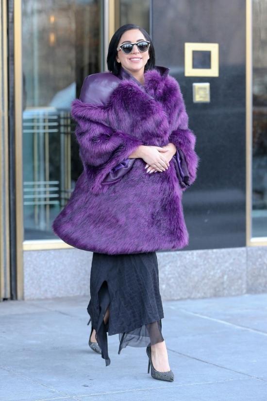 Lady Gaga cũng có lúc thanh lịch không ngờ