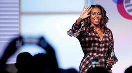 Vợ ông Obama lần đầu tiết lộ về chuyện sinh nở