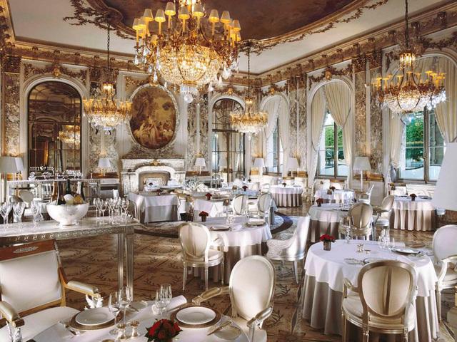 Nhà hàng,Giới siêu giàu,Du khách