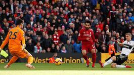 Salah ghi tuyệt phẩm, Liverpool nhẹ nhàng lấy 3 điểm
