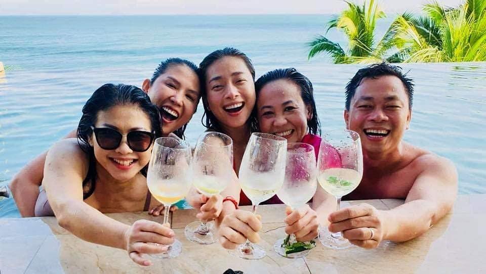 Sao Việt, Tin sao Việt, Tin tức sao Việt, Quyền Linh,Angela Phương Trinh, Trần Tiểu Vy, Thúy Ngân, Kỳ Duyên, Minh Tú