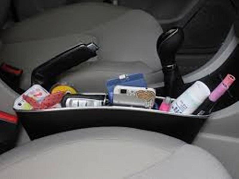 Những phụ kiện ô tô 'tiền mất, tật mang' nên tránh