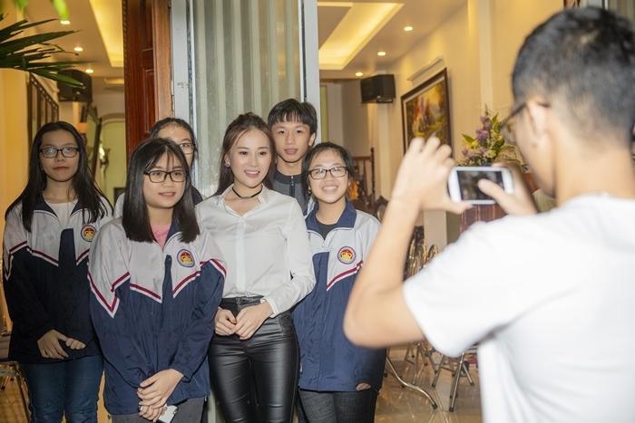 Phương Oanh 'Quỳnh Búp Bê' khoe giọng, Bảo Thanh khuyên nên làm ca sĩ