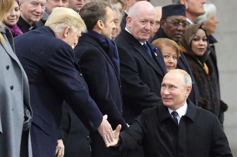 Hai ông Trump-Putin bàn gì khi trò chuyện chóng vánh ở Paris?