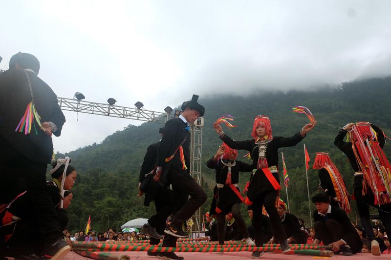 Căng Bắc Mê,Hà Giang,khách du lịch