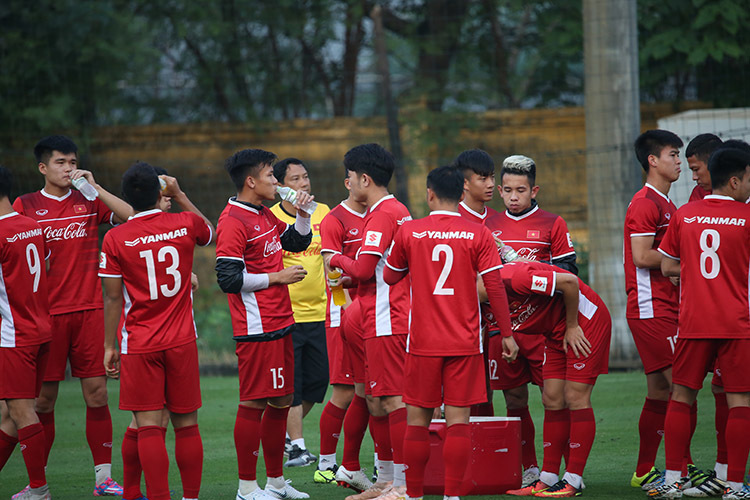 HLV Park Hang Seo nổi giận với tuyển Việt Nam