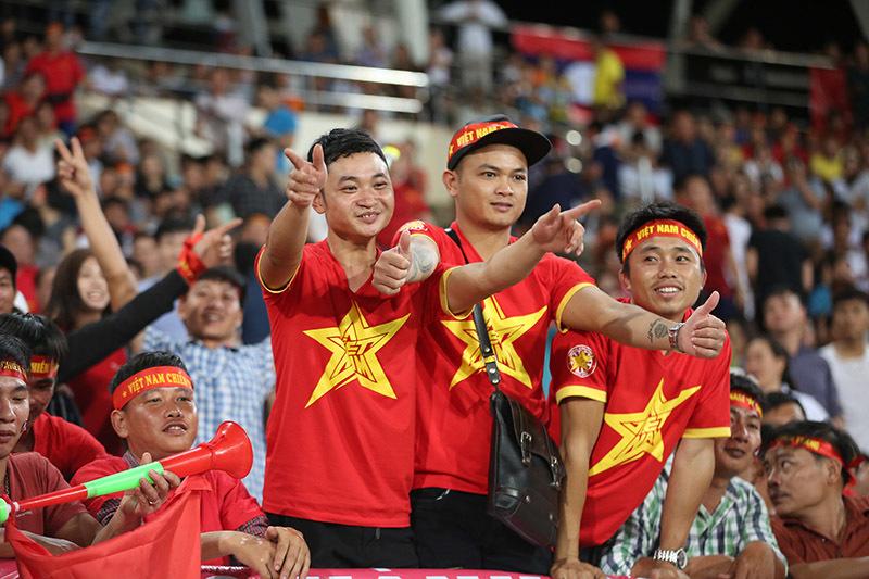 Văn Hậu: 'Tuyển Việt Nam sẽ thắng Malaysia bằng sức trẻ'