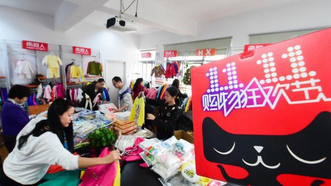 Người Trung Quốc chi tiền kỷ lục cho ngày mua sắm lễ độc thân