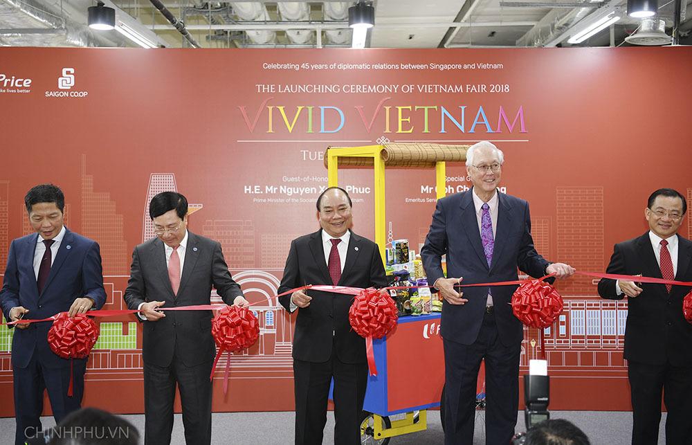 Thủ tướng khai trương sự kiện đặc biệt quảng bá hàng Việt tại Singapore