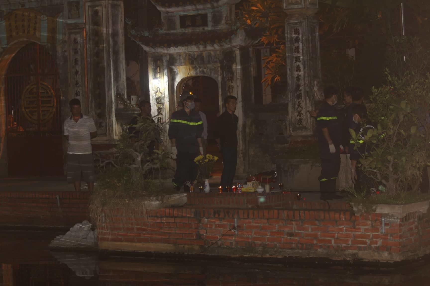 Hà Nội: Vớt thi thể nam giới ở hồ Triều Khúc
