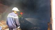 Cháy nhà kho ven quốc lộ Sài Gòn, nhiều tài sản bị thiêu rụi