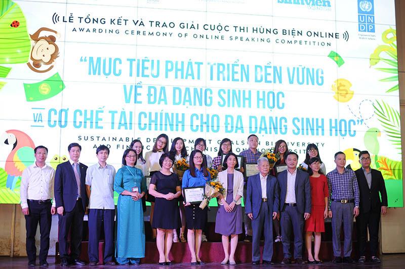 Trao giải cuộc thi hùng biện online về đa dạng sinh học ở Việt Nam