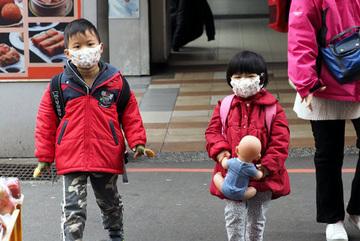5 bí quyết phòng bệnh hô hấp cho trẻ mùa đông