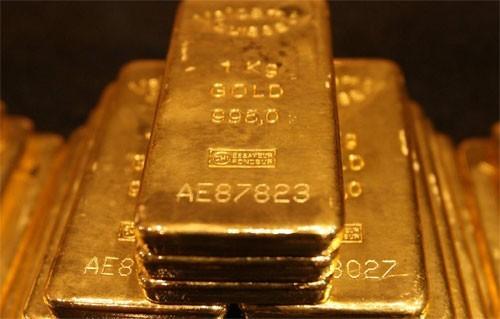Đào vườn nhà được 28 thỏi vàng, bán lấy 21 tỷ đồng ăn tiêu