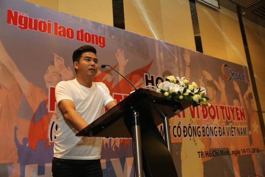 300 triệu đồng cho bài hát cổ động tuyển Việt Nam hay nhất!