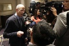 Bắt giam luật sư của sao phim cấp 3 nổi tiếng Mỹ