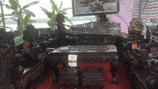 Thương lái Trung Quốc càn quét đồ gỗ trắc, 4 bộ ghế trả luôn 1 triệu USD
