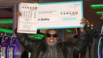Trúng độc đắc 343 triệu USD nhờ mua một dãy số suốt gần 30 năm