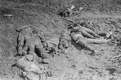 Những hình ảnh ghê sợ về cuộc đại chiến tàn khốc