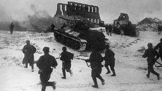 Ngày này năm xưa: Chiến dịch Sao Thiên Vương lẫy lừng của Liên Xô