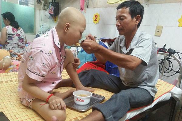 u trung thất,tế bào ung thư,hoàn cảnh khó khăn,bệnh hiểm nghèo