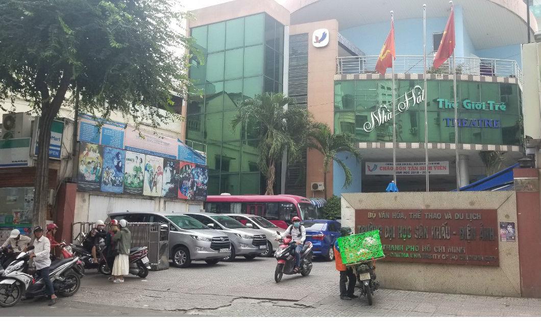 Vụ đạo diễn Đặng Quốc Việt: Thông tin bất ngờ từ trường Sân khấu Điện ảnh