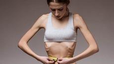 Suốt 3 năm tự móc họng sau ăn để giảm cân, cô gái trẻ chịu kết đắng