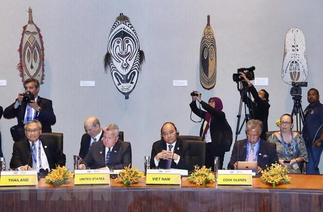Thủ tướng bắt đầu hoạt động tại hội nghị Cấp cao APEC