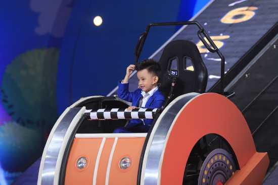 MC Trấn Thành thán phục bé trai 4 tuổi ở Nhanh như chớp nhí