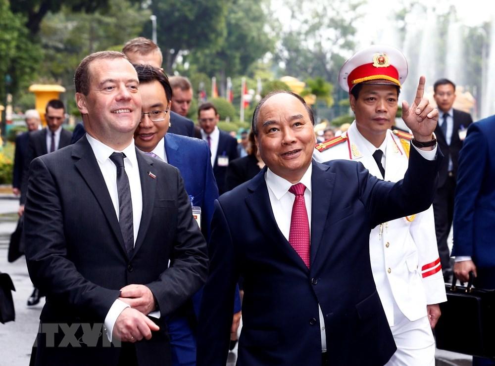 Thủ tướng Nga Medvedev thăm khu di tích Phủ Chủ tịch