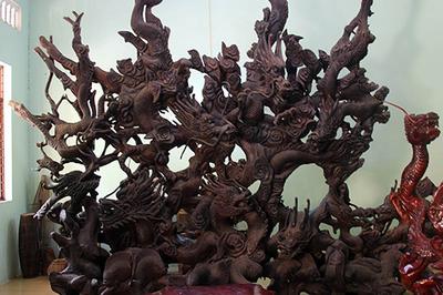 Bộ gỗ cây điêu khắc 'vạn người mê' trong chùa cổ ở miền Tây
