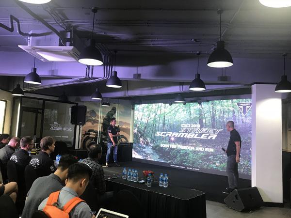 Hãng mô tô Triumph khai trương showroom ở Hà Nội