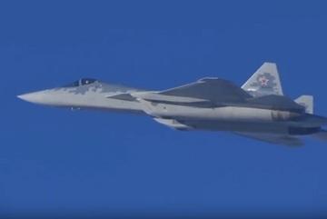 Xem tiêm kích tàng hình Su-57 lần đầu sải cánh ở Syria