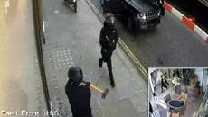 Vụ cướp tiệm trang sức táo tợn như phim hành động