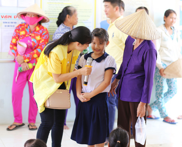 1000 học bổng cho HS CapitaLand Hope Schools dịp 20/11