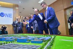 Phó Thủ hiến bang Sachsen - Đức thăm nhà máy nước mặt sông Đuống