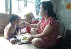 Mẹ nuôi hy vọng cứu con ung thư thoát khỏi bàn tay Tử thần
