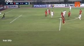 Video trọng tài tước bàn thắng hợp lệ của Văn Toàn