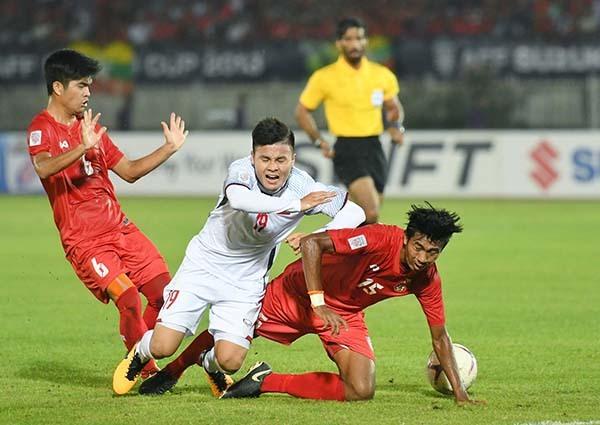 Văn Quyết,đội tuyển Việt Nam,HLV Park Hang Seo,Công Vinh