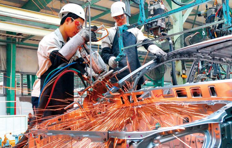 Thị trường ôtô Việt Nam 20 tỷ USD, nguy cơ bị thôn tính hoàn toàn